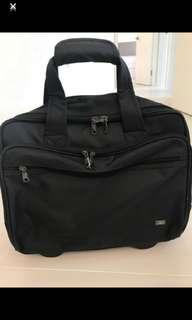 Travel Bag with wheels 80% new