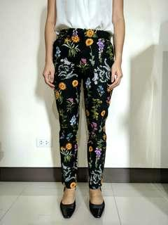 Stradivarius floral black pants