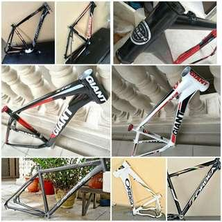 Custom Build an unique hardtail mountain bike with good quality frame and parts