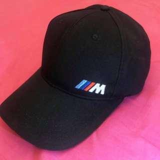 🚚 正BMW 帽子兩頂 售價800元 運費60元