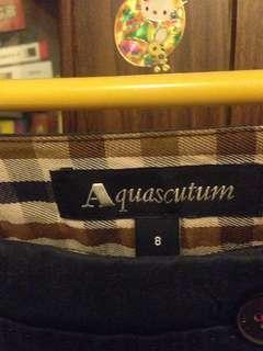 Aquascutum七分褲(褲腳有開叉)限時低價快拍囉!隨時恢復喔!
