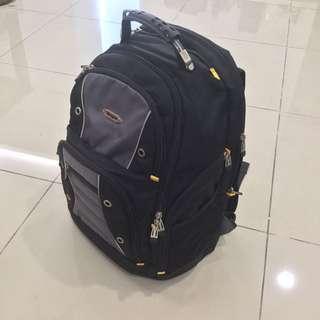 Targus 48l Backpack 17 inch laptop Large