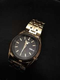 Seiko gold automatic watch