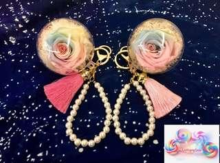 🚚 Preserved Pastel Roses Keychains