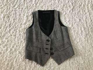 Pre loved Zara black white vest XS