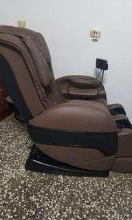 nakasei 3D樂卡適深層臀感按摩椅 THC-625 使用心得
