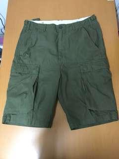 Carhartt WIP / Troop Shorts / Olive rover green / W32