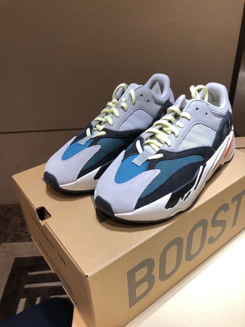 f94948d1ddc88 Adidas Yeezy boost 700 wave runner UK8 US8.5