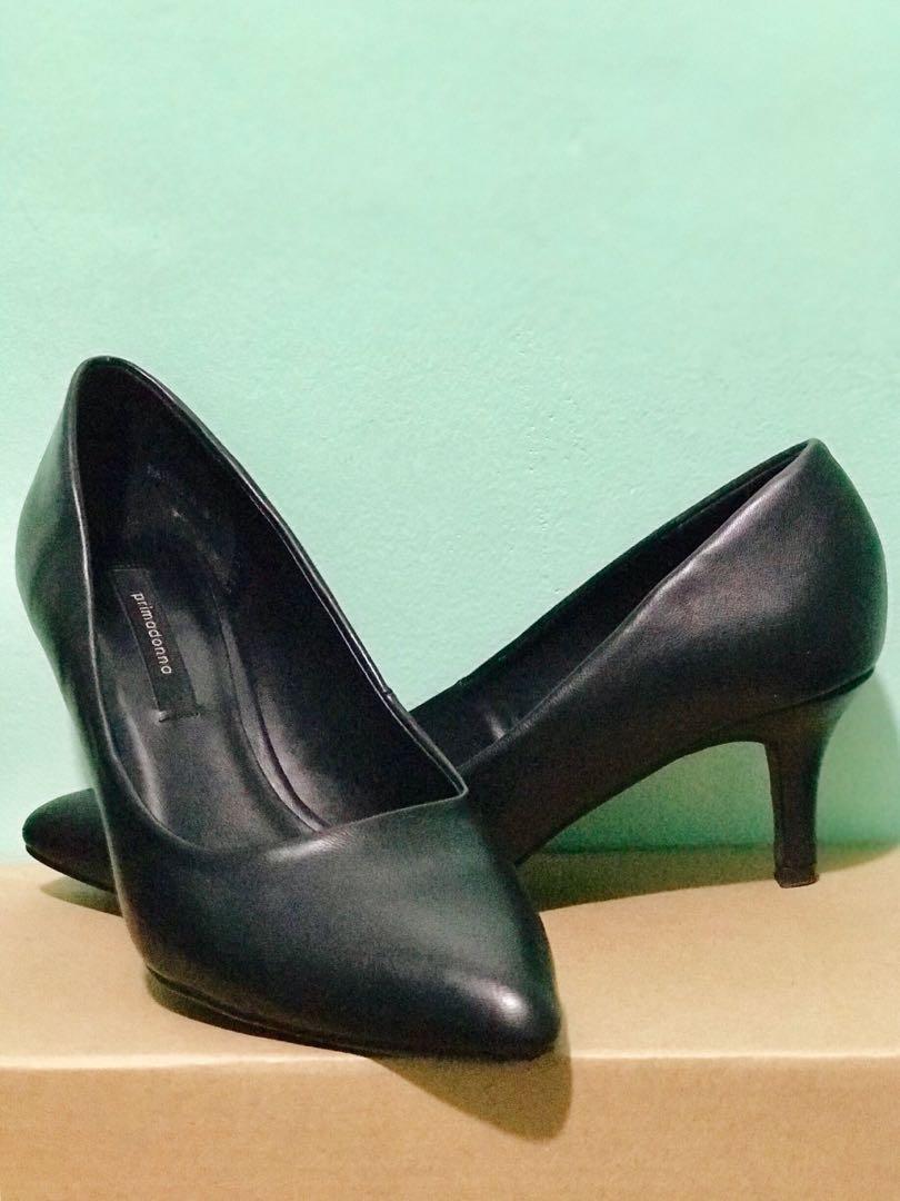 7e2cb8726ba Black Pointed Shoes