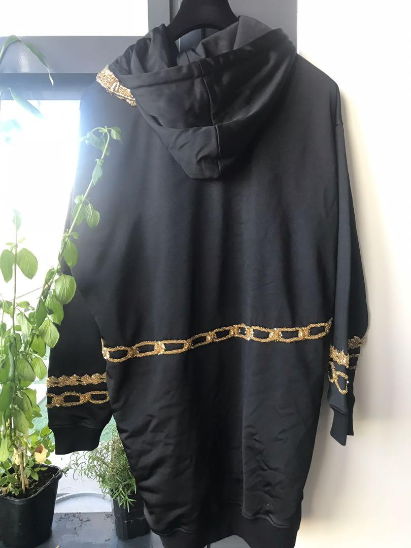 BNWT H&M MOSCHINO HOODED DRESS SIZE SMALL LIMITED EDITION SOLD OUT GIGI HADID