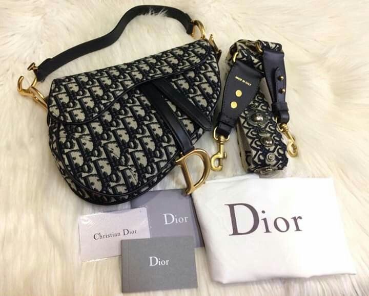 f1ee59d77299 Christian Dior Oblique Saddle Bag