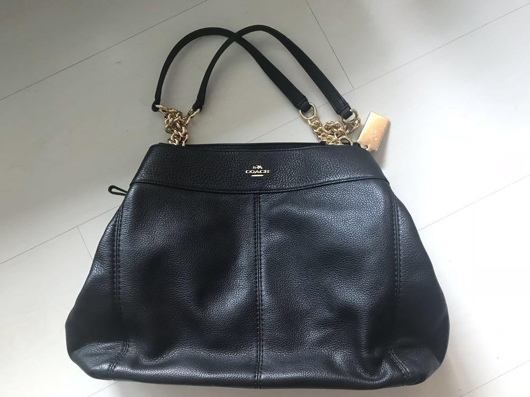 dbff5000dd5 Coach Lexy Chain Shoulder Bag (Black) F27594