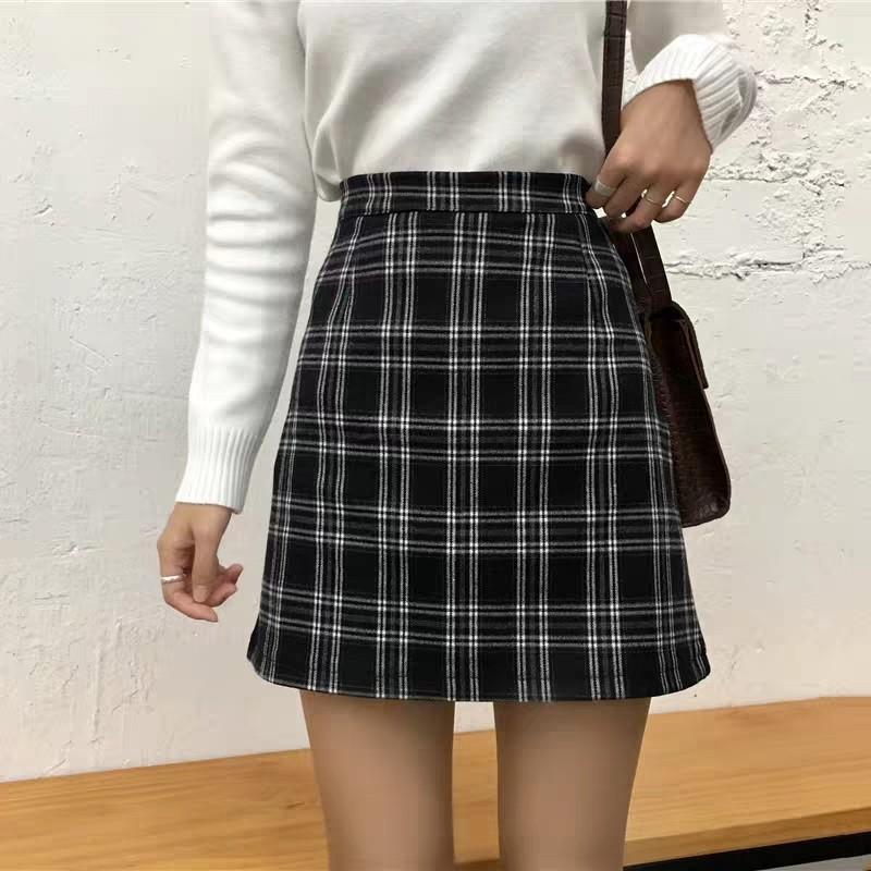 3aa403bcba instock] Vintage Black/White Plaid Skirt, Women's Fashion, Clothes ...
