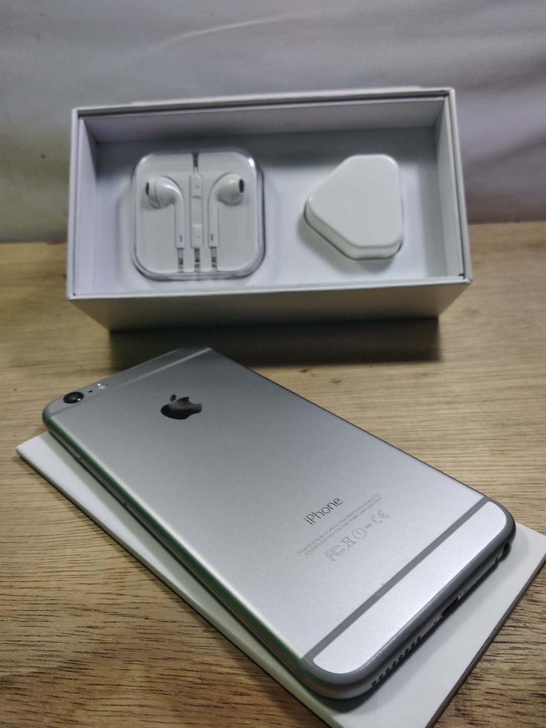 Iphone 6 plus 64gb Grey FU fullset Mulus Bisa COD 2f2c0a326c