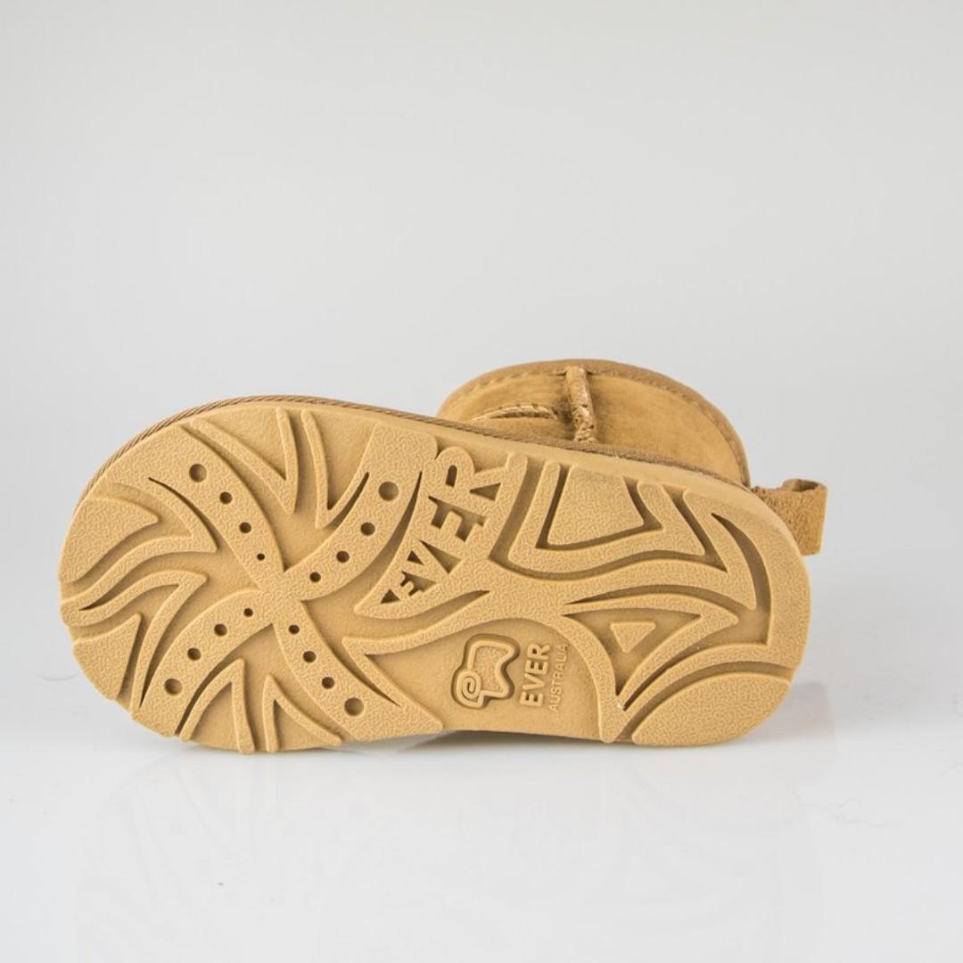 Kids UGG Boots - Child Mini Classic,Premium Australian Sheepskin, Non-Slip