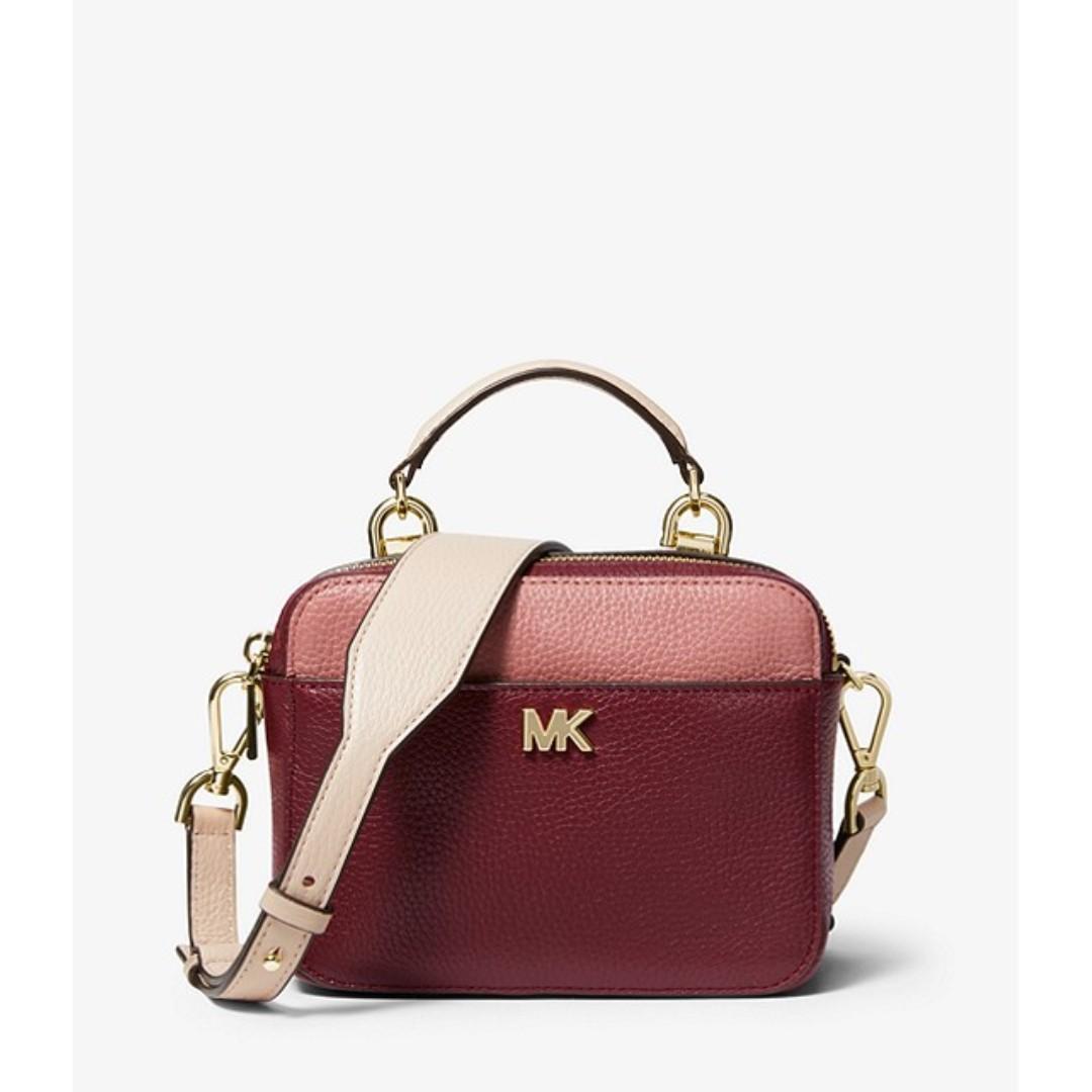 afa8ea00d7db Michael Kors Mott Mini Color-Block Pebbled Leather Crossbody, Women's  Fashion, Bags & Wallets, Handbags on Carousell