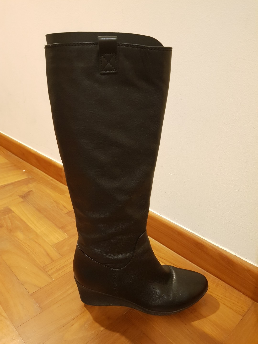 677b1ccdf19 Staccato wedge heel knee boots