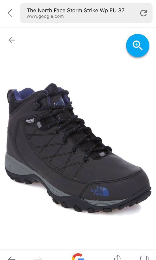 226bb0ea1 The North Face Winter Boot (RESERVED)
