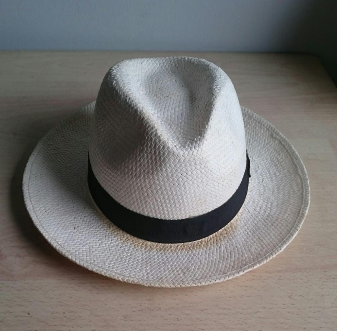 934bcc59 ZARA Men's Wide Brim Straw Hat, Men's Fashion, Accessories, Caps & Hats on  Carousell