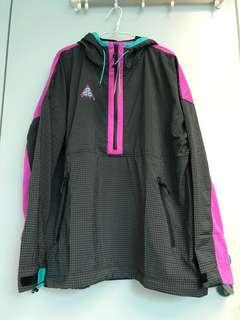 Nike ACG Woven Hooded Jacket / Size L / 99% new