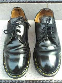 Dr. Martens 1461 MIE
