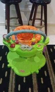 Fisher-Price Bounce and Spin Froggy Entertainer