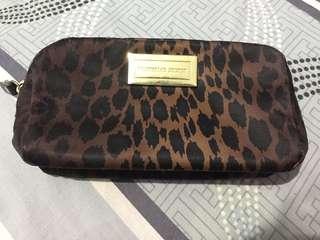 Victoria's Secret Beauty Bag 😍