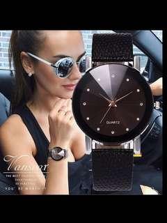 🚚 woman's diamond cut black leather watch