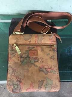 Alviero Martini Sling Bag