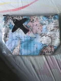 See the World Pouch