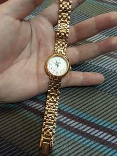 pre loved guess lady watch orig