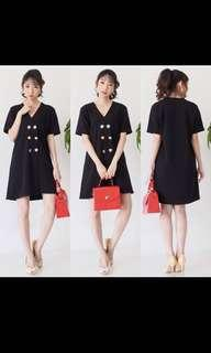 Button black dress