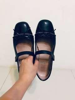 🚚 女童鞋35 皮鞋