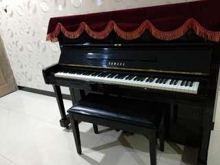 Piano Akustik Yamaha U1 M