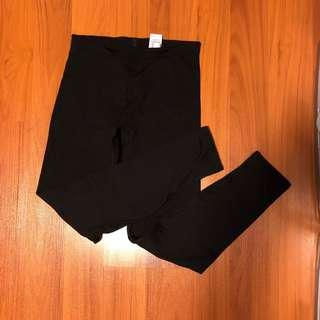 Uniqlo Ladies ULTRA Heatech Leggings Pants