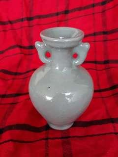 Qing era ceradon small vase 12 cm H with beautiful glaze. Special offer.