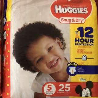 Huggies Diapers Snug and Dry Size 5