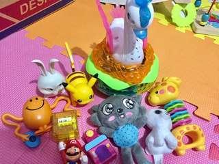 Swan lightning music, with stuffed toys.