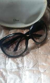 Christian DIOR Sun glasses