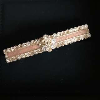 Chanel Hair Clip in Pale GHW