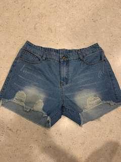 Denim shorts - size L