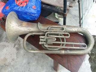 Alat muzik antik 2