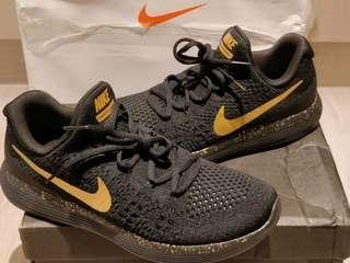 Nike LunarEpic Flyknit 2 *US 9.5* iD黑金款