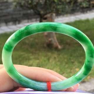 Apple green guifei bangle