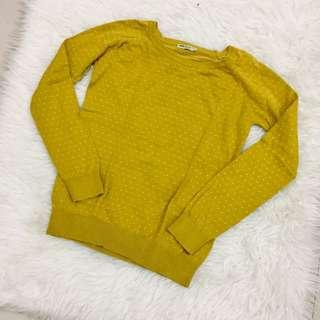 Sweater mustard by ada woman