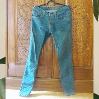Jeans levis (not ori)
