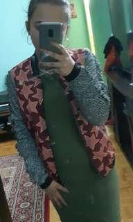 FORAL JACKET + GREEN DRESS 10 dollars ( CAN BUY SEPARATE)