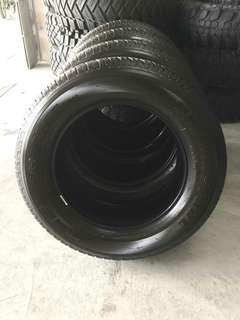 Bridgestone dueler ht 265/60/18
