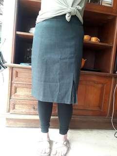 Preloved Grey & Black Working Skirt