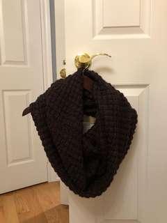ROOTS dark burgundy knit infinity scarf